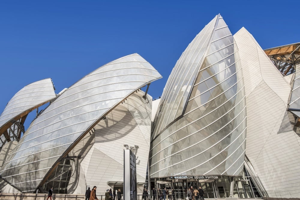 20 Extraordinary Buildings Around The World 03