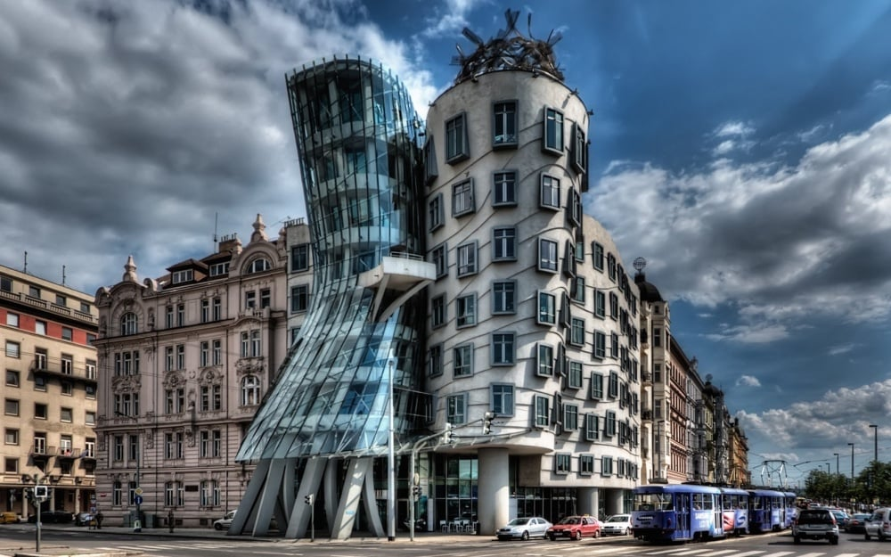 20 Extraordinary Buildings Around The World 09